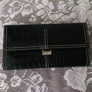 Liz Claiborne Black Croc Wallet